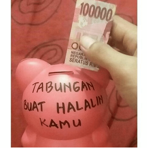 Indonesian (Language), Halal, and Hats: 100000  SERATUS RIB  i  TABUNGAN  HAT HALAL  k Amu