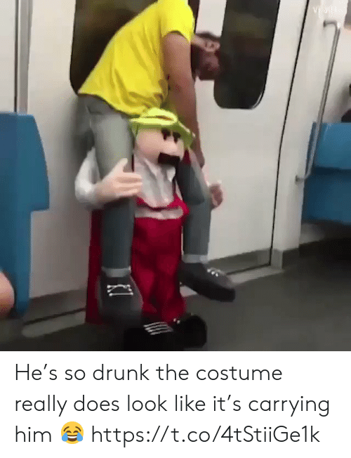 Drunk, Funny, and Him: He's so drunk the costume really does look like it's carrying him 😂 https://t.co/4tStiiGe1k