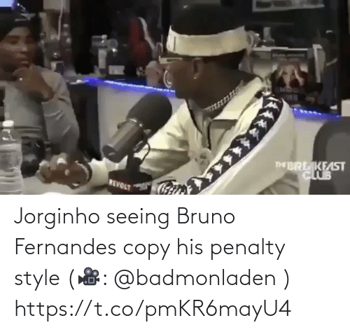 Penalty: Jorginho seeing Bruno Fernandes copy his penalty style (🎥: @badmonladen )  https://t.co/pmKR6mayU4