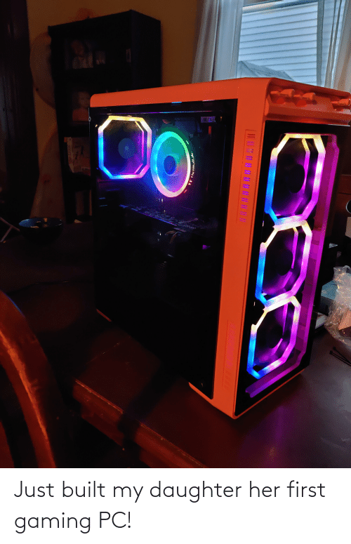 my daughter: Just built my daughter her first gaming PC!