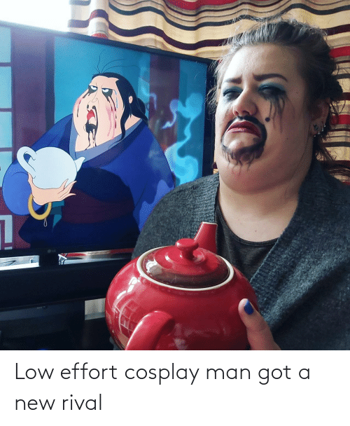 Cosplay: Low effort cosplay man got a new rival