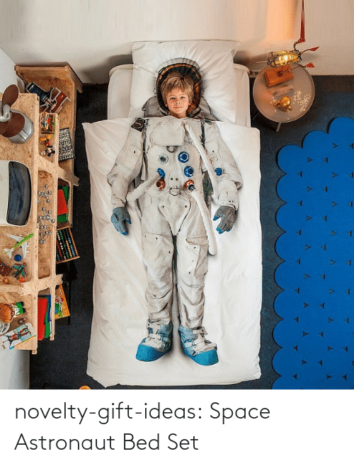 novelty: novelty-gift-ideas:  Space Astronaut Bed Set
