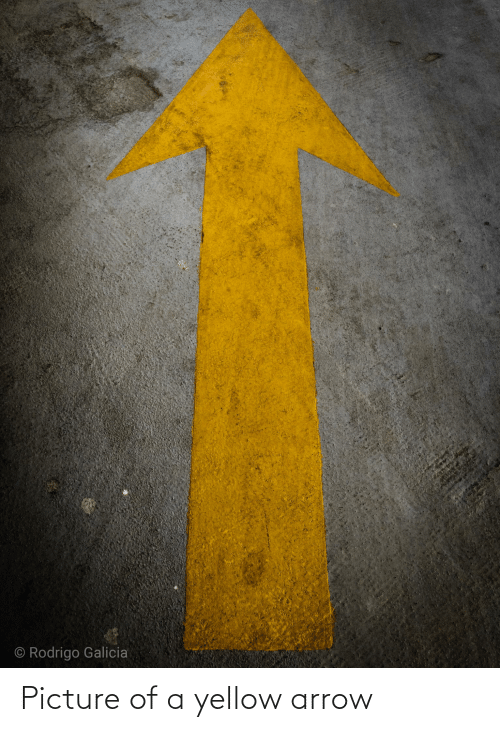 Arrow: Picture of a yellow arrow