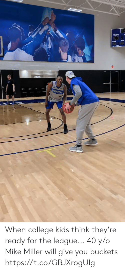 Ÿ˜˜: When college kids think they're ready for the league...  40 y/o Mike Miller will give you buckets https://t.co/GBJXrogUIg