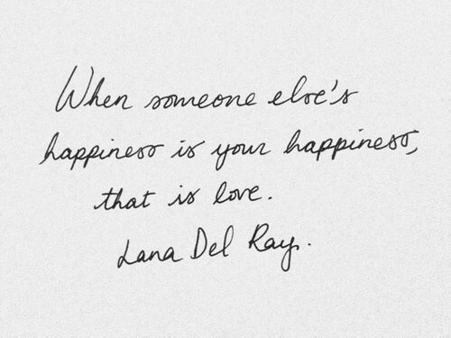Happiness, Lana, and Lore: When  lre'r  nneone  Aaparuri aur  happiness  that is lore  Lana Del Kay