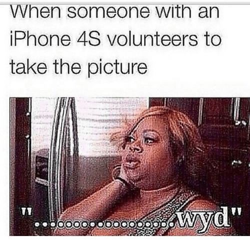 """Iphone 4s: When someone with an  iPhone 4S volunteers to  take the picture  d"""""""